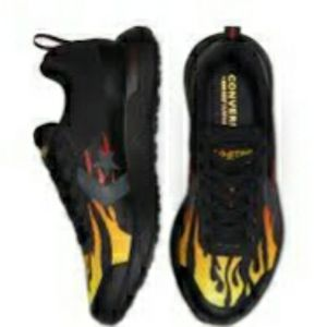 2 FOR 85 Converse Flames M/8.5
